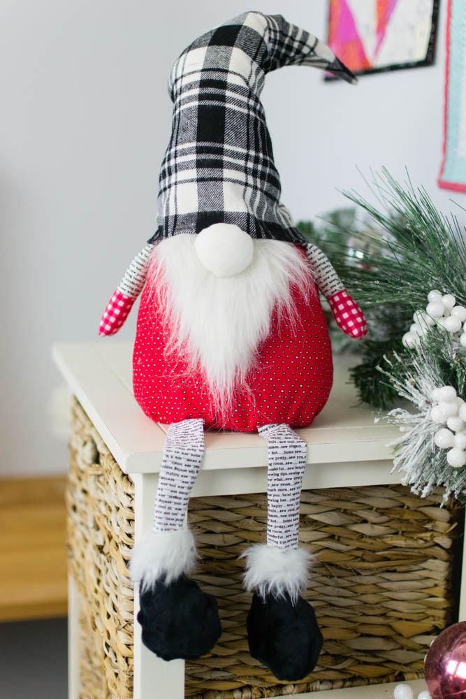 Christmas Gnome Free Sewing Pattern SewCanShe Free