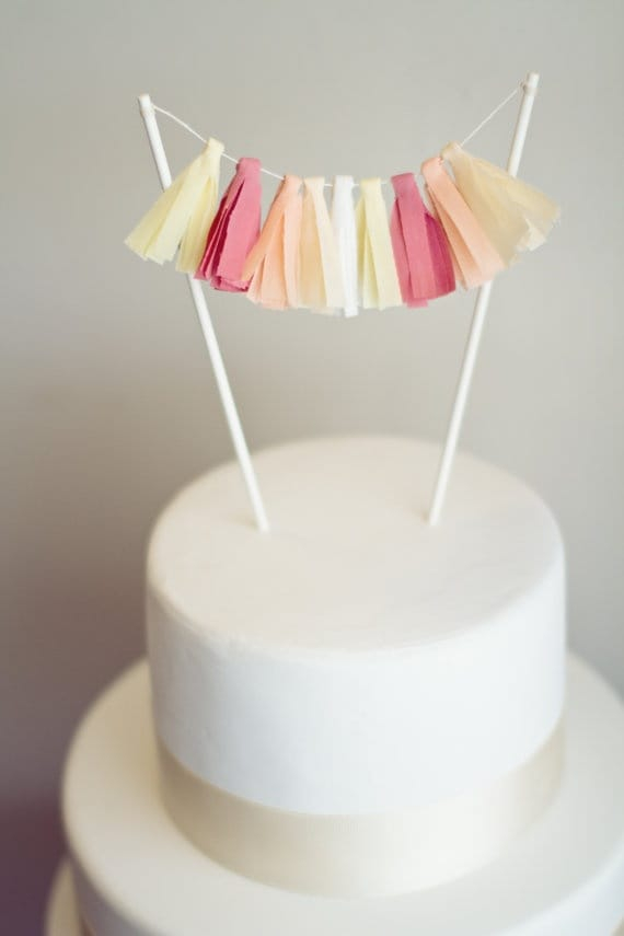 12 Simple Chic DIY Cake Toppers Picklee